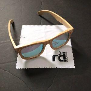 R D Shadez Bamboo Sun Glasses Shades